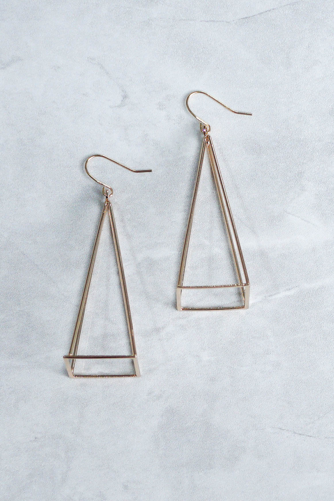Acia Pyramid Earrings (Gold)