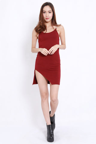 Chain Side Slit Dress (Maroon)