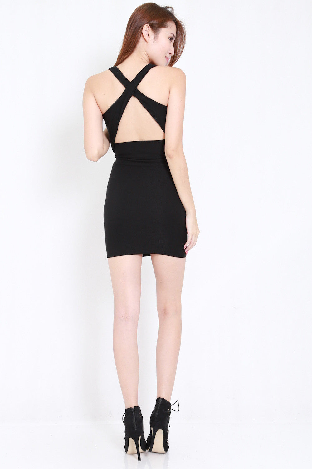 Cross Back Cutout Dress (Black)