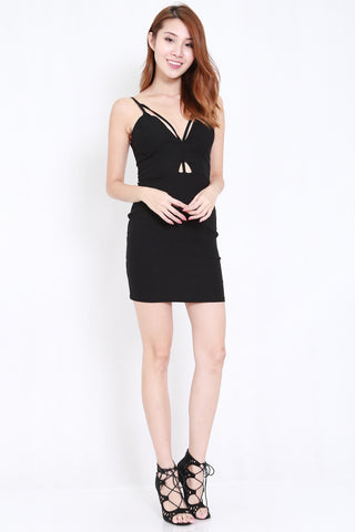 Cutout Stappy V Dress (Black)