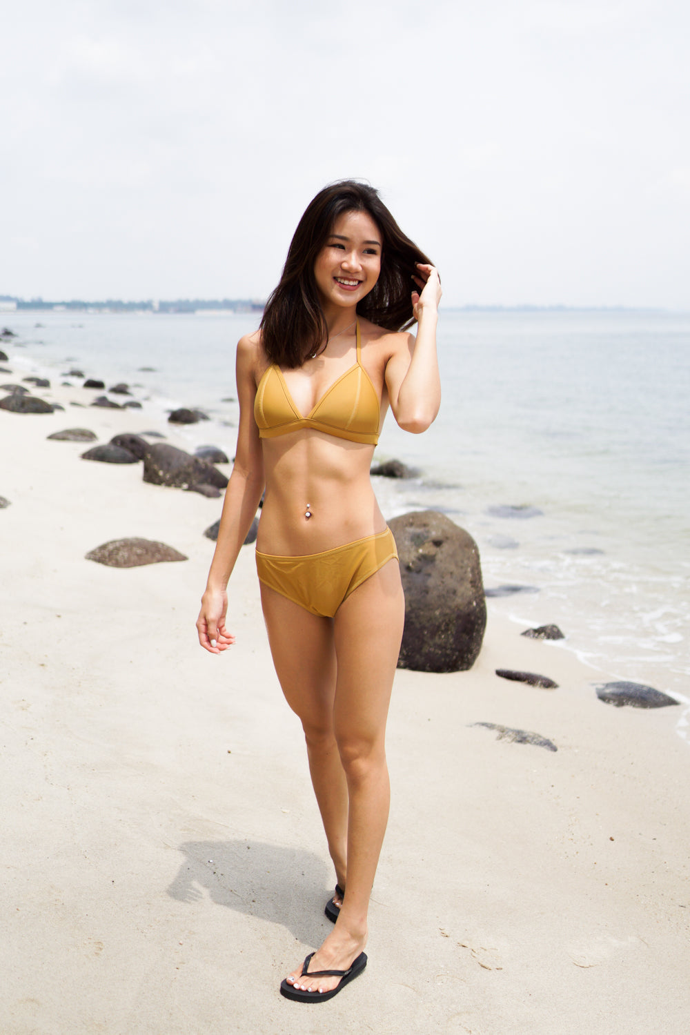 Outline Triangle Bikini (Gold)