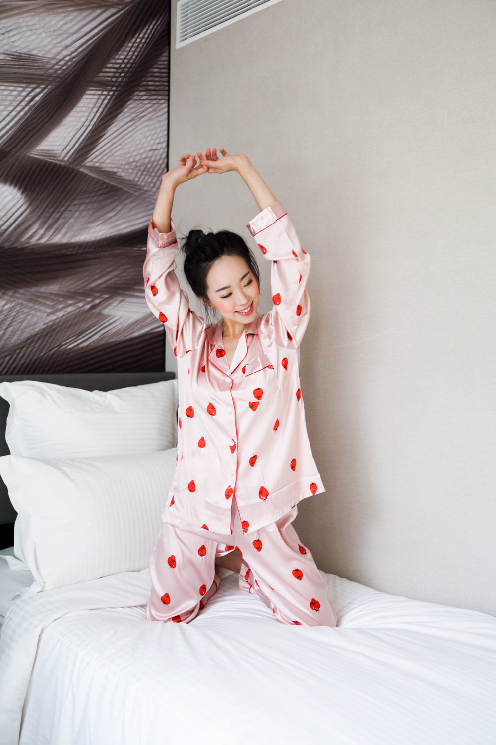 Printed L/S Pyjamas (Pink Strawberry)