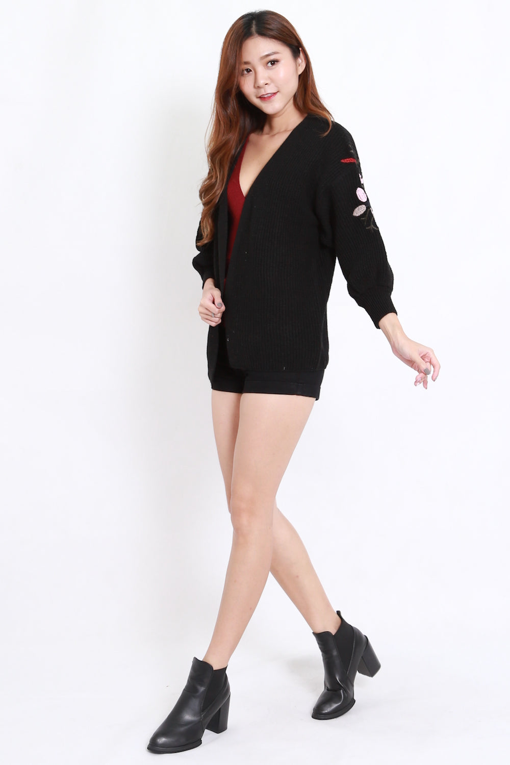 Embroidered Short Cardigan (Black)