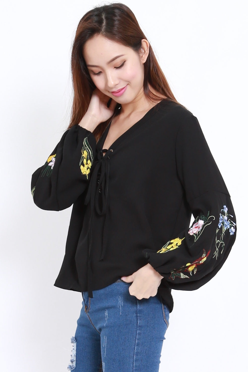 Embroidered Sleeve Lace Shirt (Black)