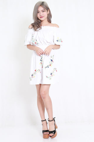 Embroidery White Off Shoulder Dress