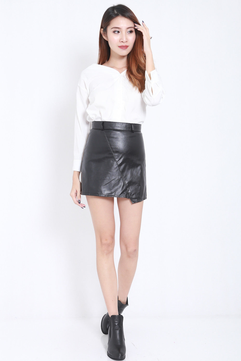 Fitted Leather Skirt -  - 6