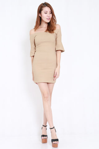 Flutter Sleeve Offsie Dress (Nude)
