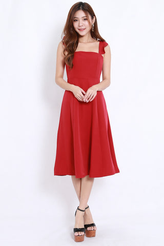 Flutter Sleeve A Line Dress (Red)