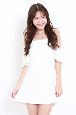 dd68e27a9e Flutter Sleeve Offsie Dress (White)