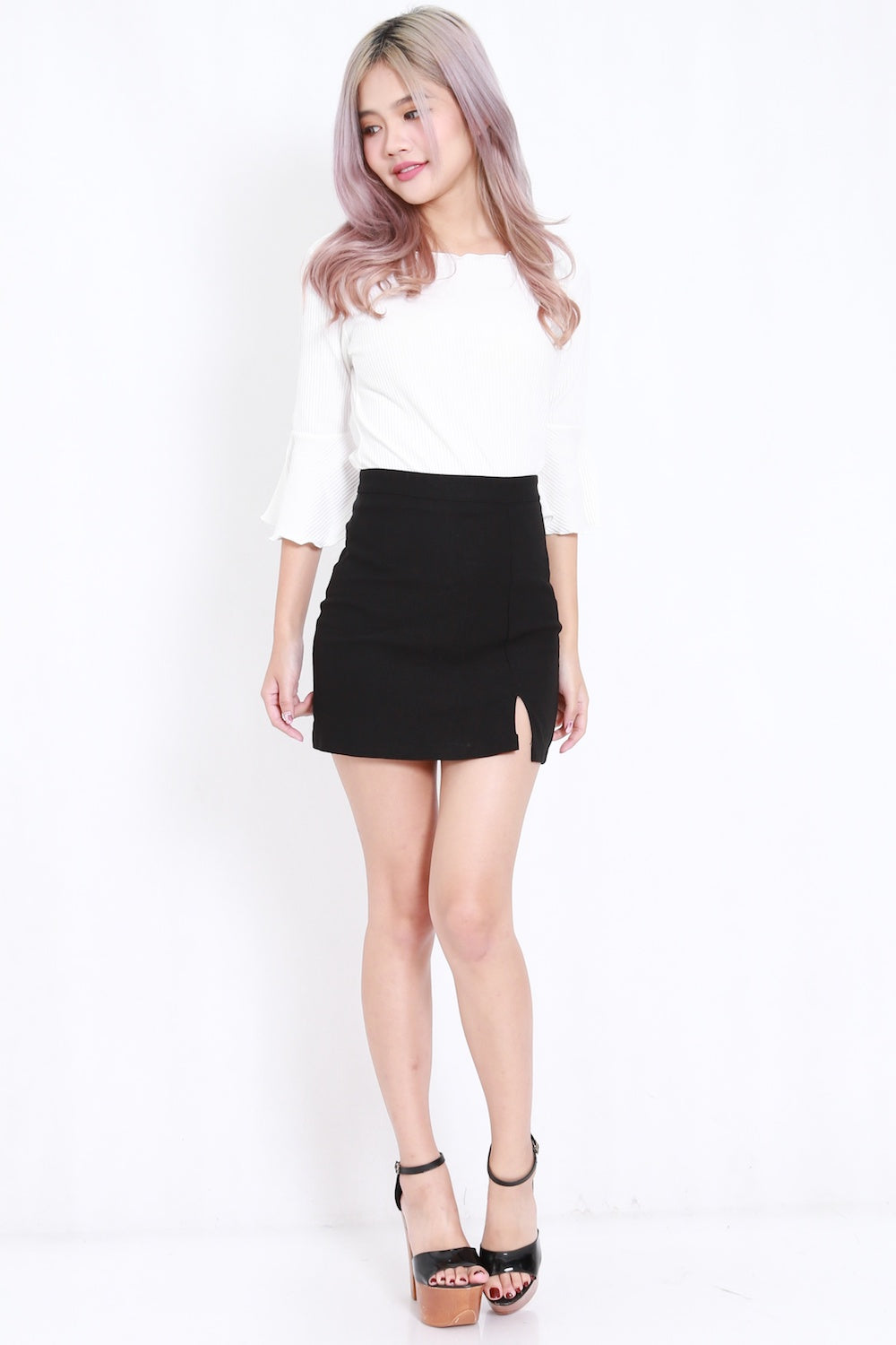 Flutter Sleeve Ribbed Top (White)