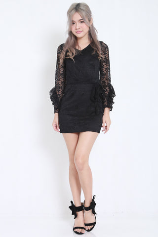 Flutter Sleeves Lace Dress (Black) -  - 1