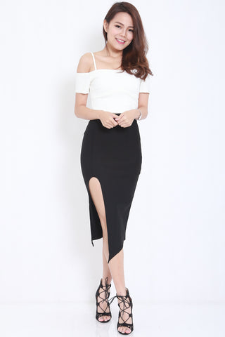 High Slit Midi Skirt (Black) -  - 1