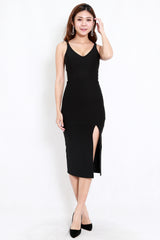 *Premium* V Neck Slit Midi Dress (Black)