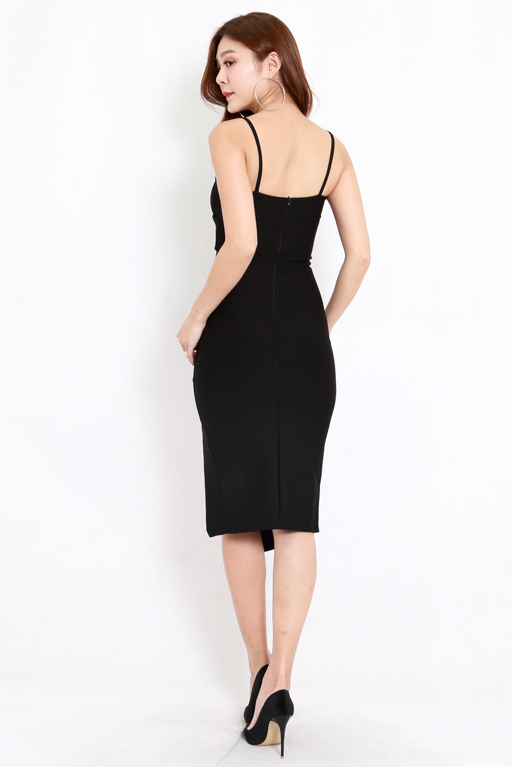 *Premium* Crossover Slit Spag Dress (Black)