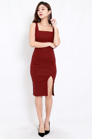 Square Neck Slit Midi Dress (Maroon)