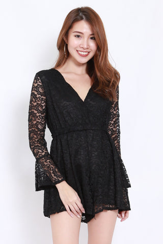 Lace Flutter Sleeve Romper (Black)