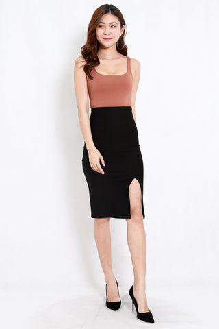 *Premium* Pencil Slit Midi Skirt (Black)