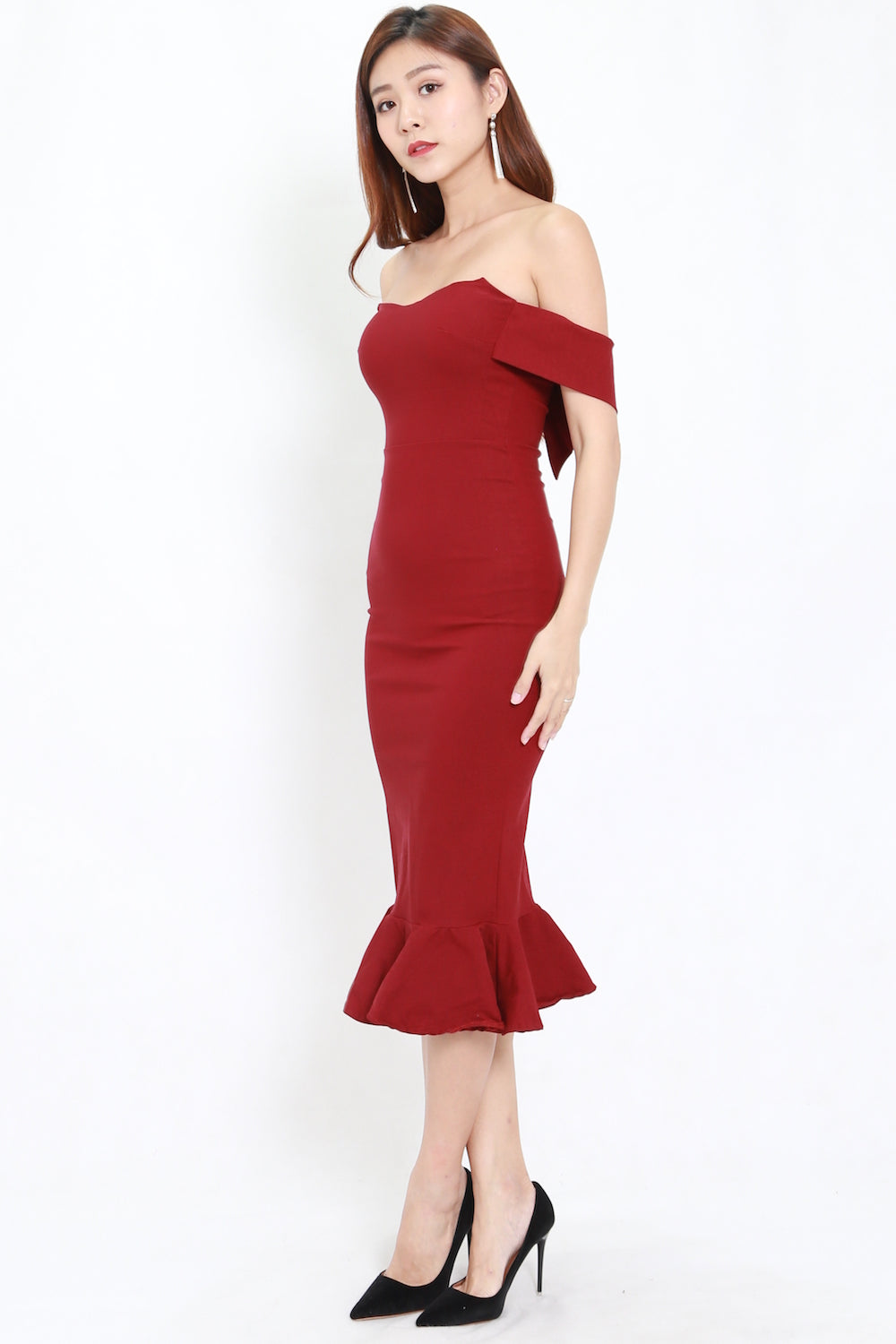 ddc429c09690 Mermaid Off Shoulder Midi Dress (Maroon) – Carrislabelle