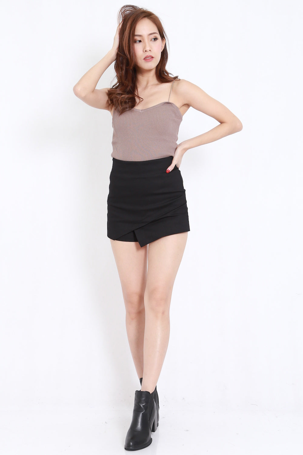 Overlap Fitted Skorts (Black)