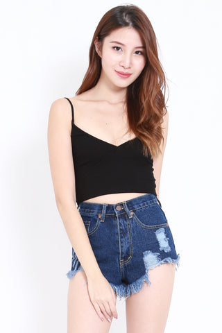 5d95493bf84ab Cropped Tops and Bralets – Page 4 – Carrislabelle