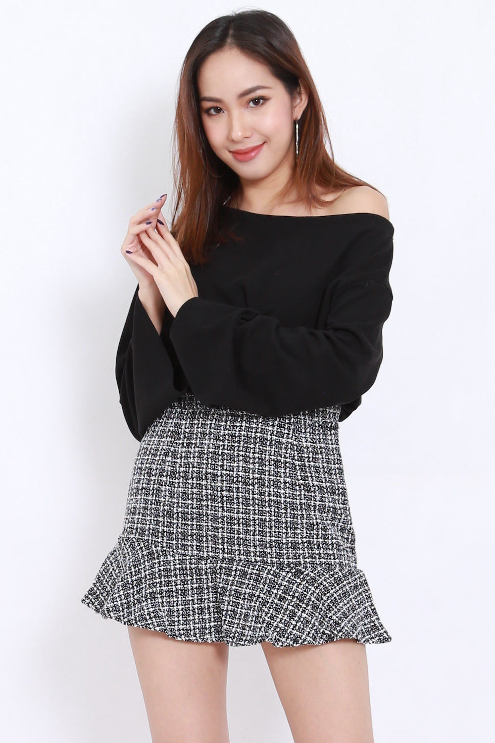 eb9e702cf51 Oversize Knit One Shoulder Top (Black) – Carrislabelle