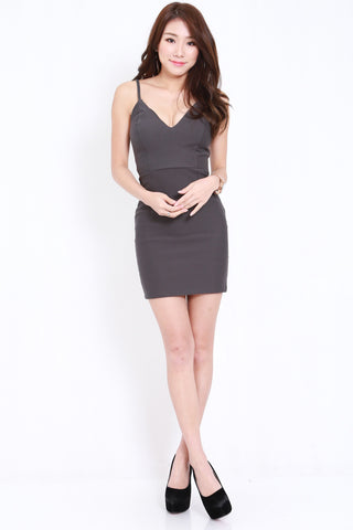*PREMIUM* Cross Back V Spag Dress (Dark Grey)