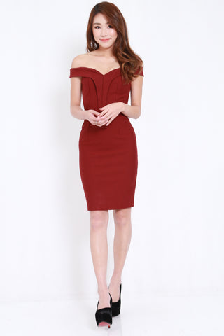 *PREMIUM* Sweetheart Off Shoulder Midi Dress (Maroon)