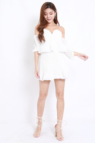 Pleated Sweetheart Offsie Dress (White)