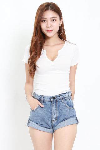 Ruffle Edge V Ribbed Tee (White)