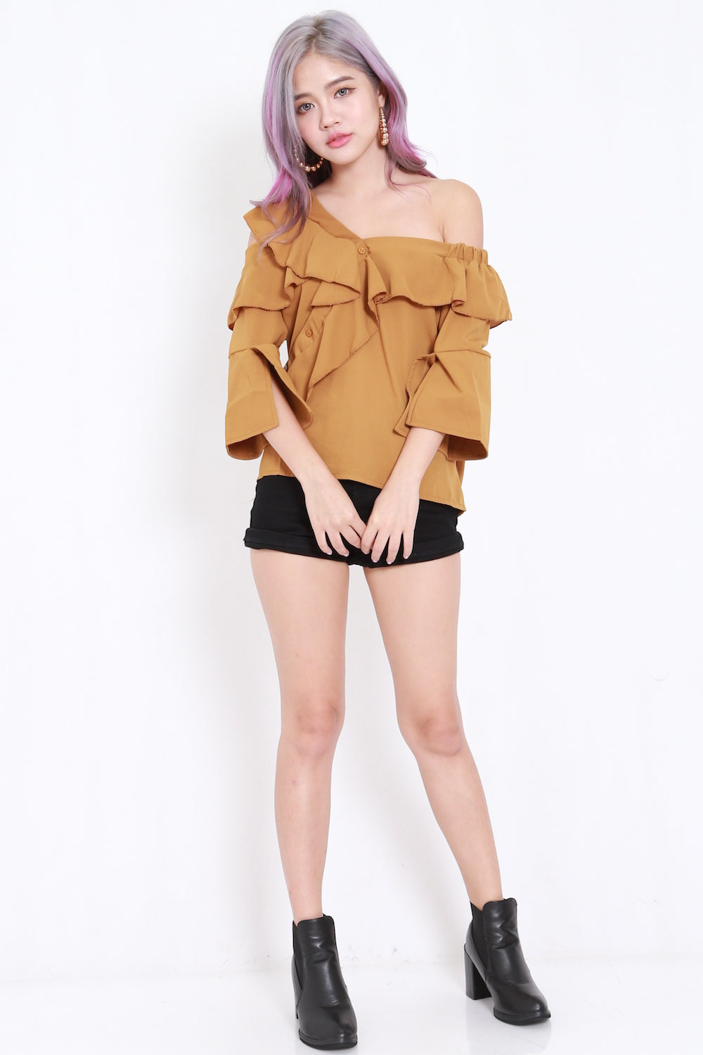 Ruffle Off Shoulder Buttons Top (Camel)