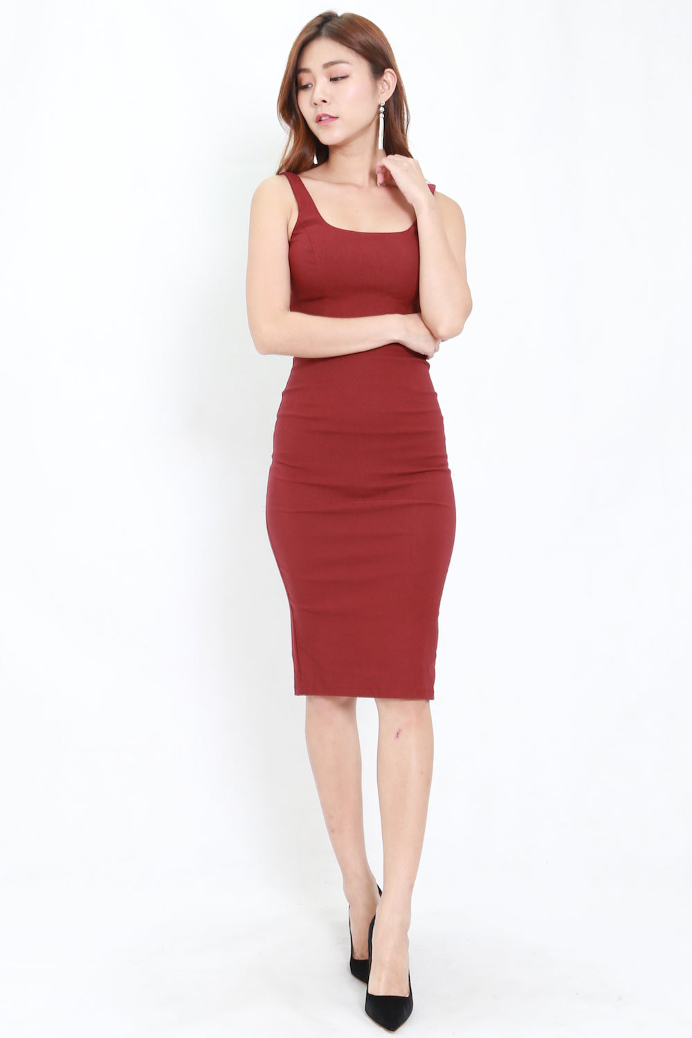 Scoop Neck Midi Dress (Maroon)