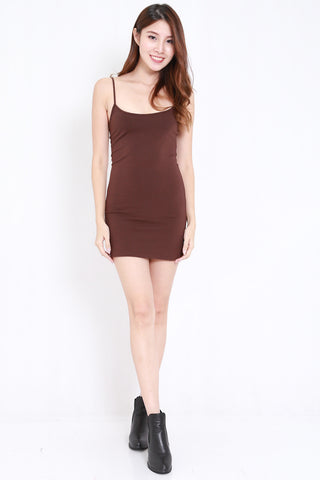 Scoop Neck Spag Dress (Brown)