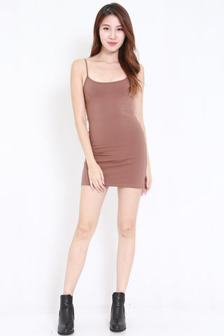 Scoop Neck Spag Dress (tan)