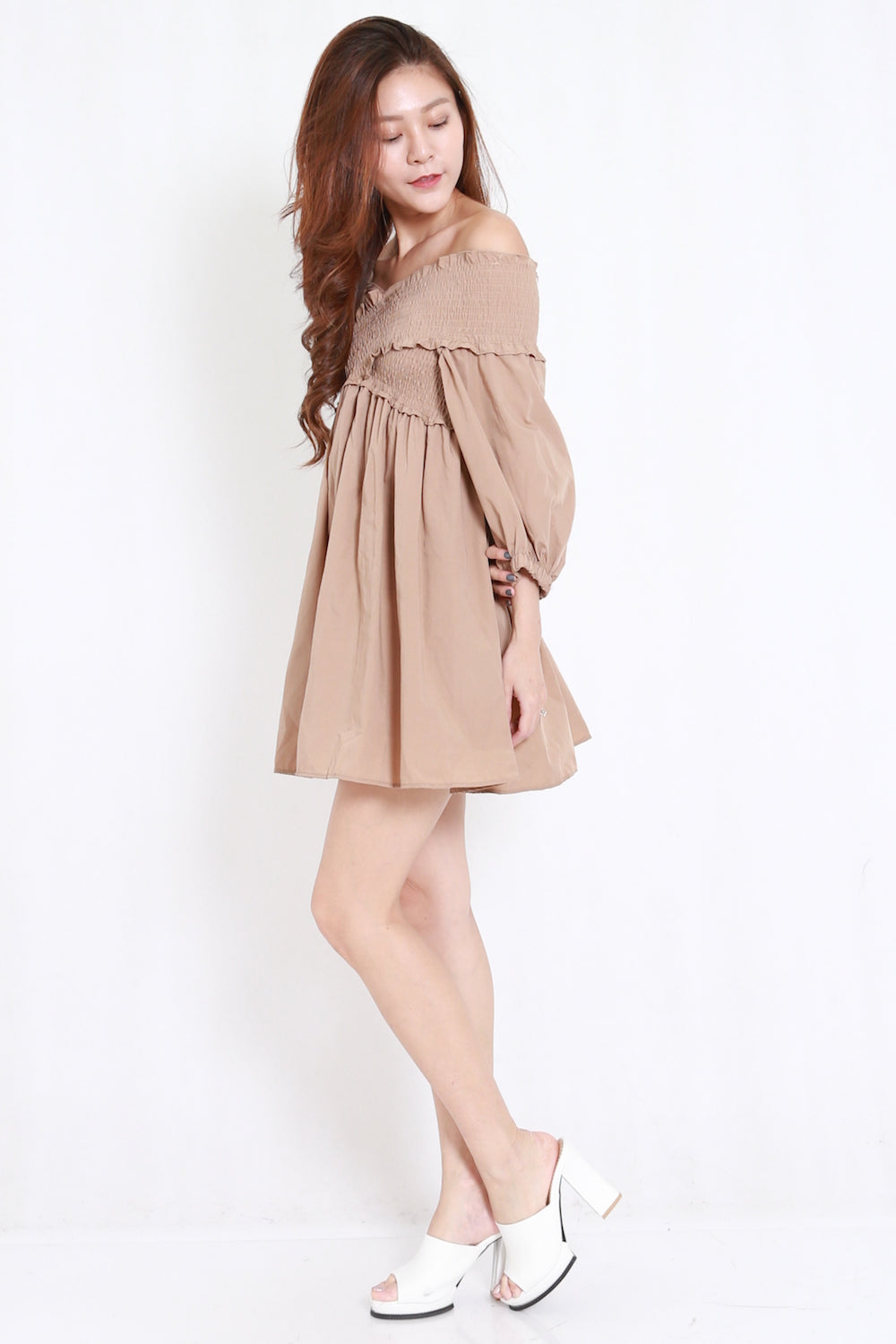 1769dc607 Smoked Puffy Babydoll Dress (Taupe) – Carrislabelle