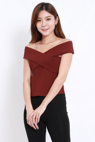 Stacia Off Shoulder Top (Maroon)