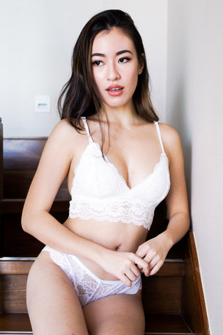 Triangle Lace Hem Bralette (White)