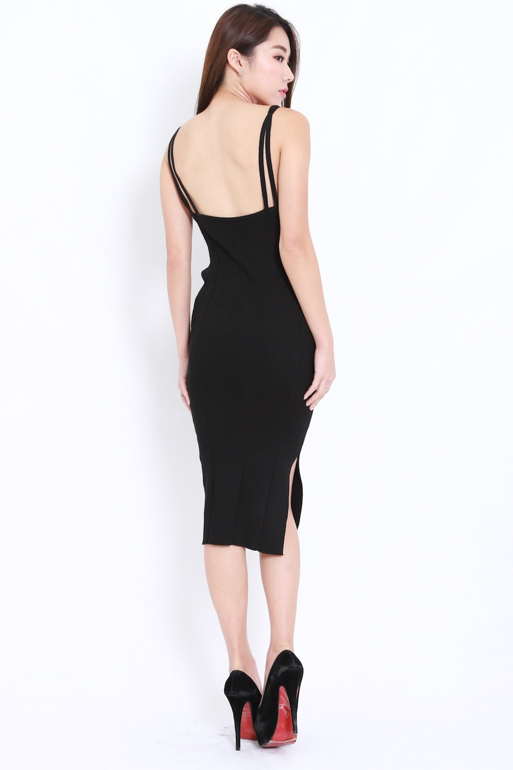 V Neck Knit Midi Dress (Black)