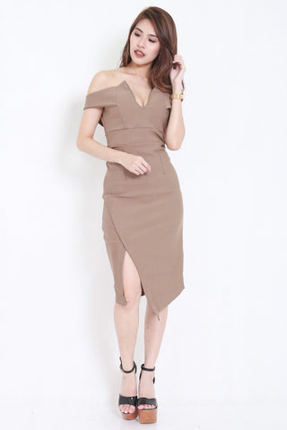 *PREMIUM* V Slit Midi Dress (Nude) -  - 2