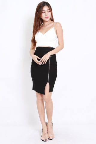 Zipper Slit Skirt (Black)