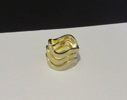 Stacked Wave Ring