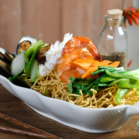 Crispy Noodles and Mixed Seafood