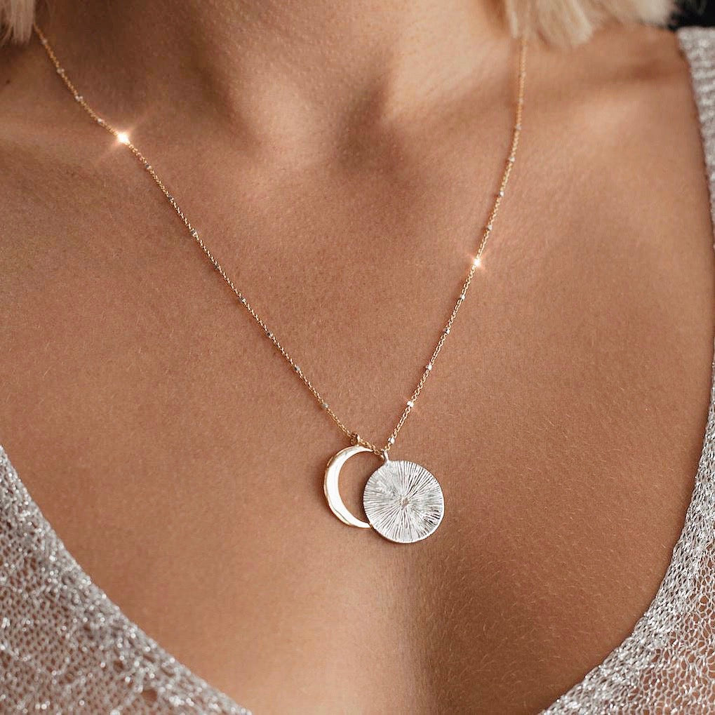 Eclipse Necklace | Gold