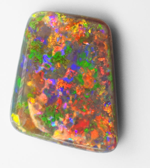 Tips for Cabbing and Carving Opals