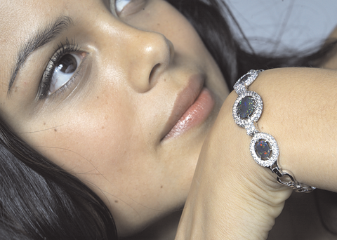 Natalie Kelly Wears Australian Opal, Australia's National Gemstone