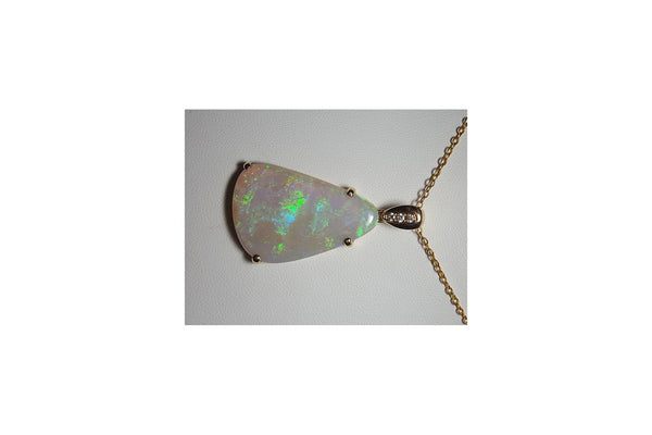 White Opal Pendant set in 18K Yellow Gold   3x Diamond 0.05Ct
