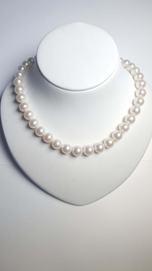 Pure Pearl Strand set in St Silver     9-10mm