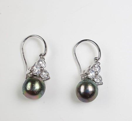 Mabe Pearl Earrings set in St Silver