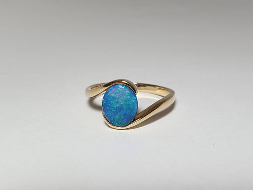 Boulder Opal 1.15ct Ring set in 14K Yellow GOLD