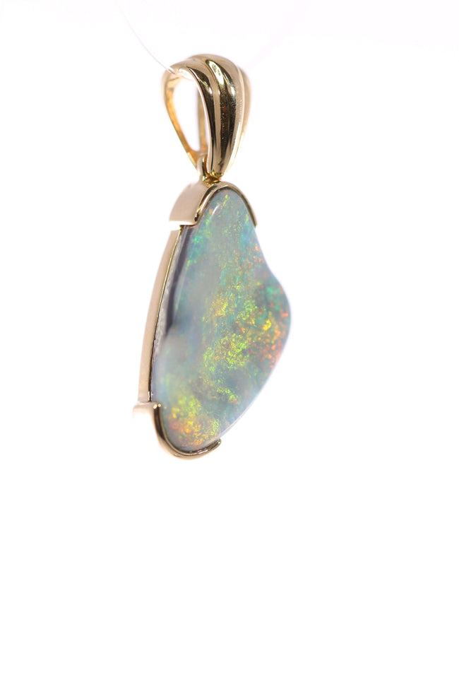 Australian Black Opal 4.30 Carats Pendant set in 14 Karat Yellow Gold