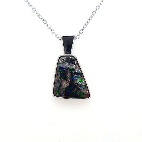 Boulder Opal Pendant set in St Silver 8.35Ct